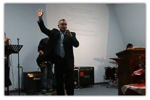 Servicios Cristianos Iglesia Rey de Reyes Nacogdoches